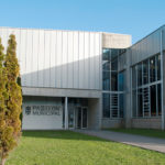 O Concello de Baiona realiza unha desinfección xeral no Pavillón Municipal de Deportes
