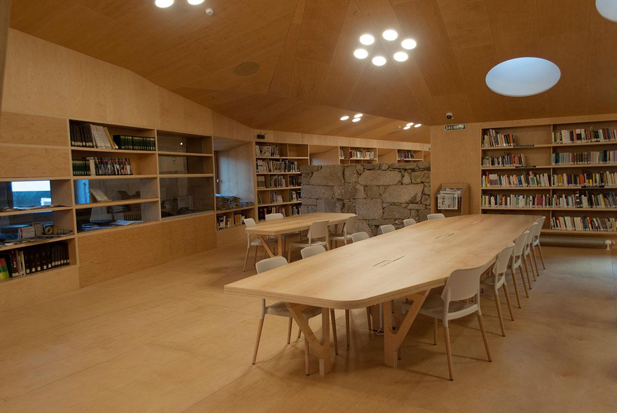 Instalacións Culturais Biblioteca