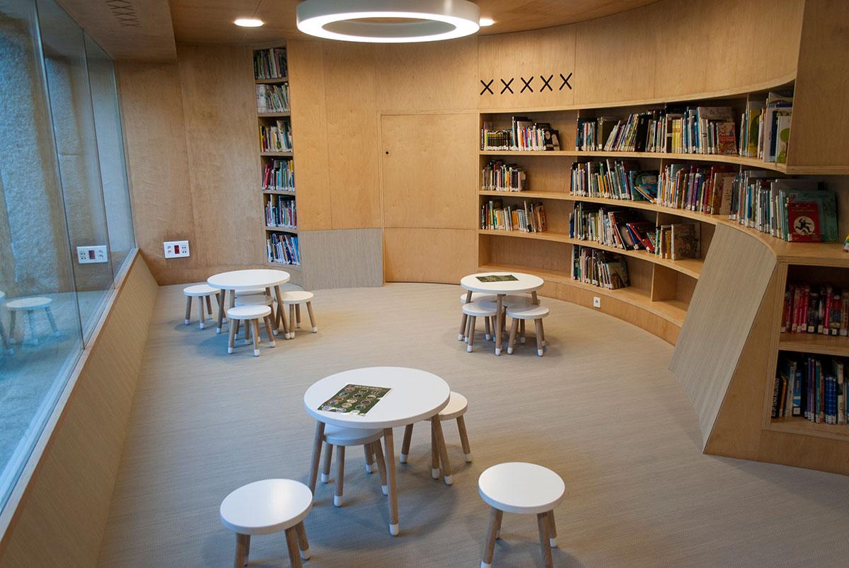 Biblioteca Baiona 5