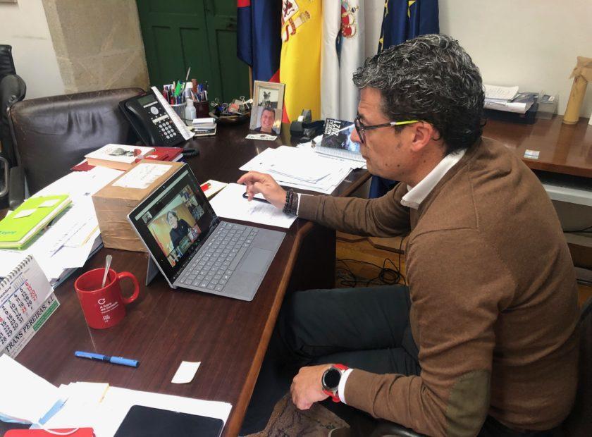 Reunion Telematica Alcalde de Baiona y Responsables Conselleria Sanidade 840x620 Baiona