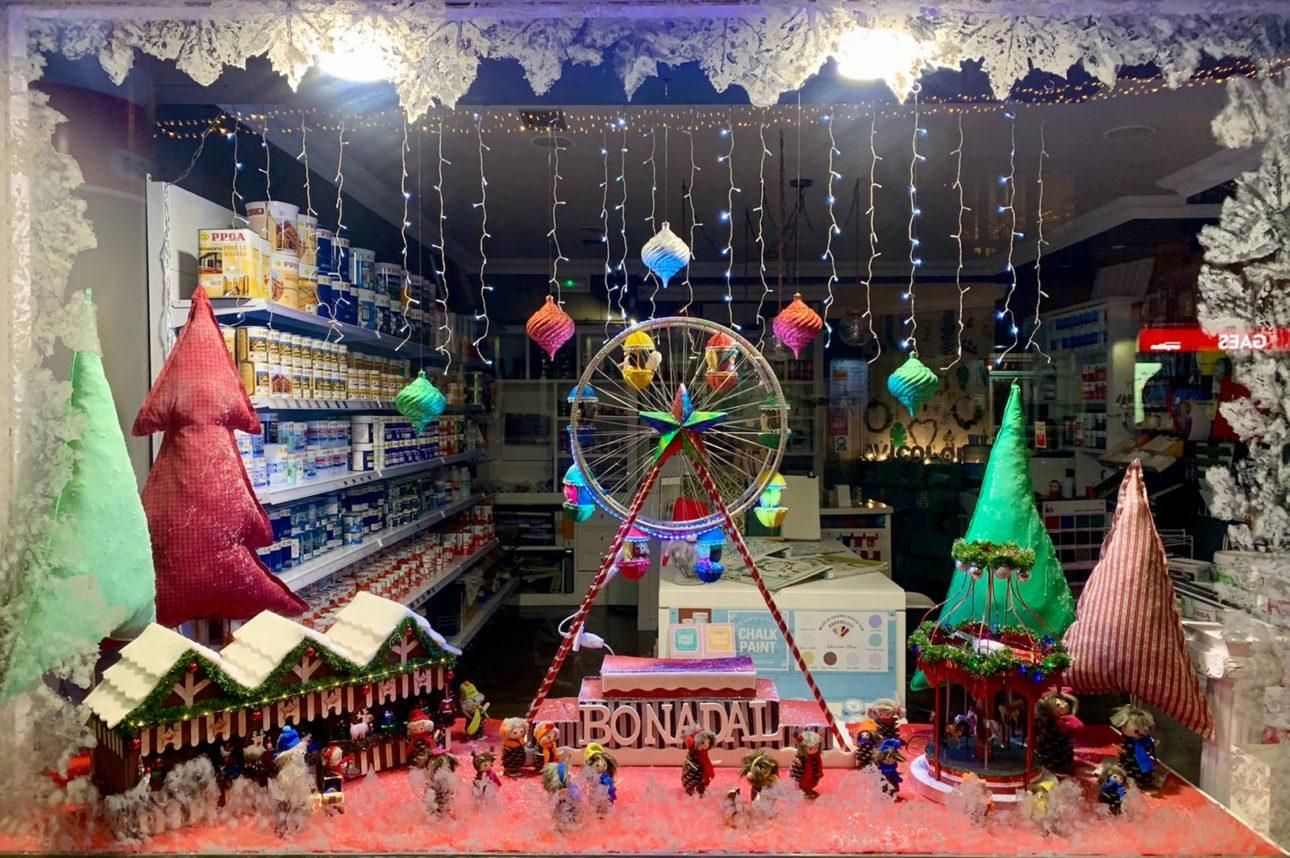Foto ganador Concurso Decoracion Navidad scaled Baiona