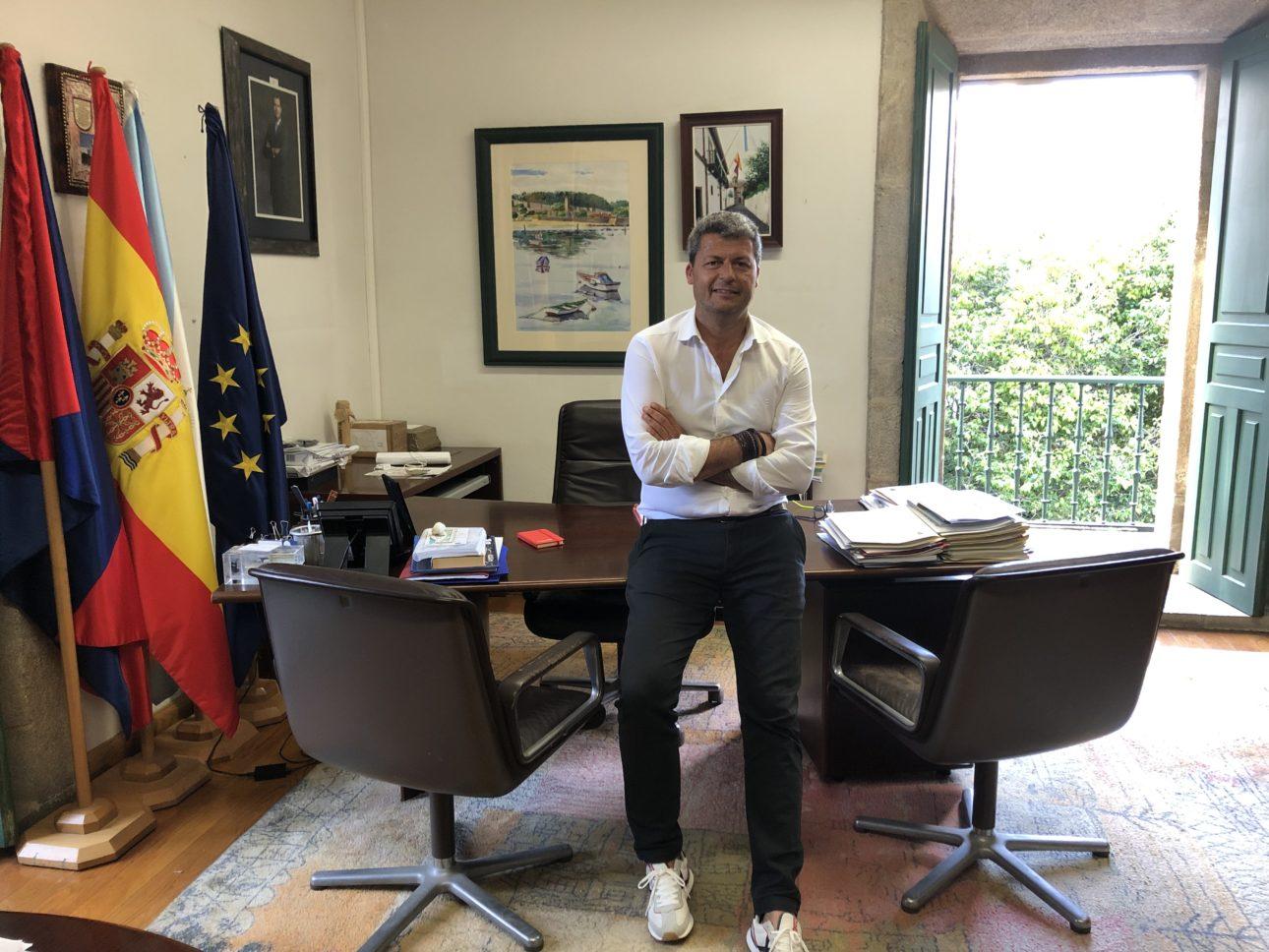 Alcalde Responde Carlos 1 scaled Baiona